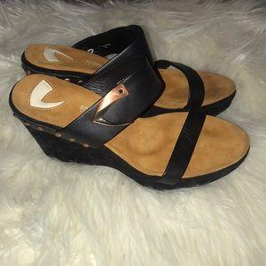 DONALD J PLINER Sport-I-Que  Leather Wedge Sandals
